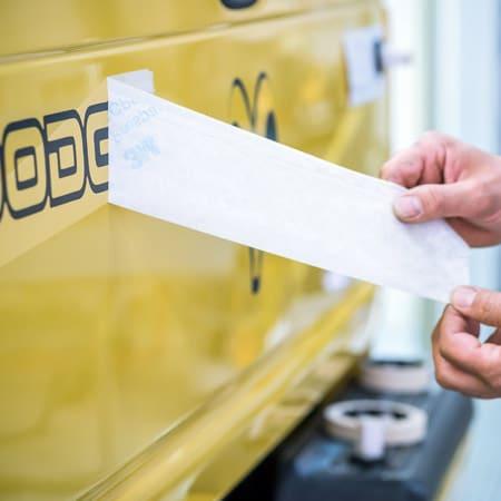 BeschriftungsCenter Eugster AG - Beschriftung von Firmenfahrzeugen, LKWs oder Bussen