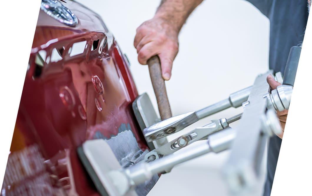 Fachgerechte Reparatur | CarrosserieCenter, Eugster AG, Thal