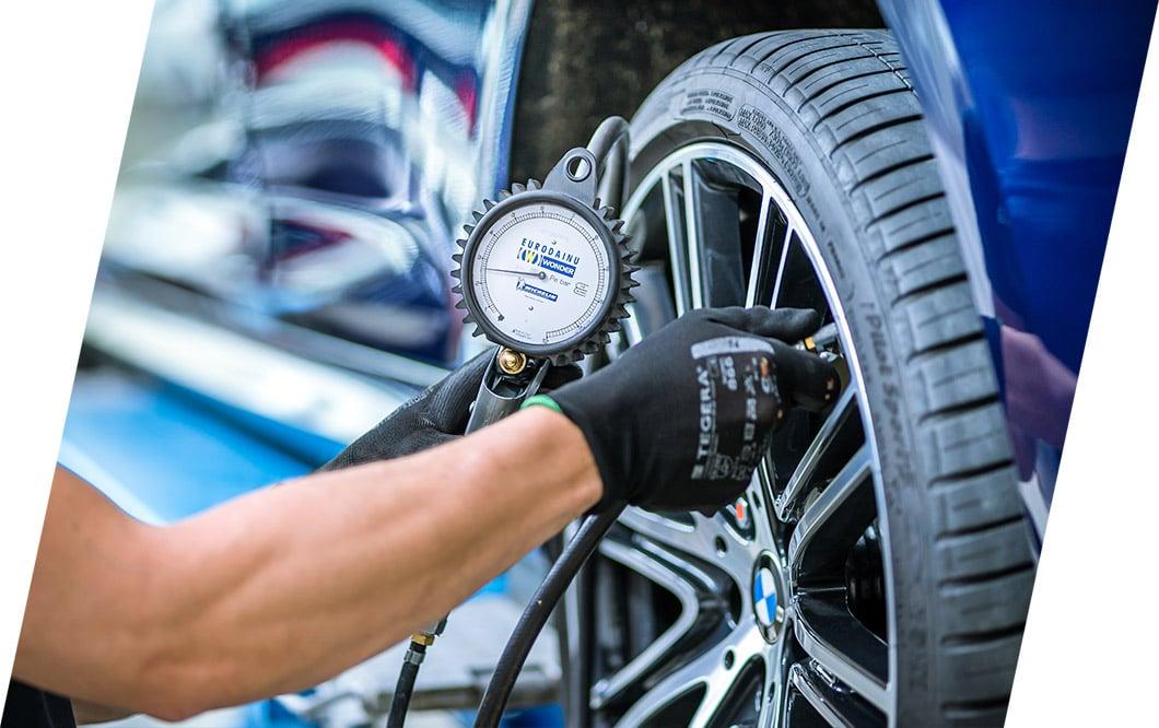 Zweimal im Jahr professioneller Reifenwechsel im ReifenCenter, Eugster AG Thal